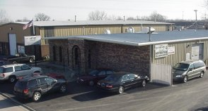 photograph of the Bodymasters collision repair shop in Crestwood, IL